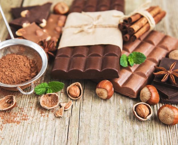 Schokoladen- und kakaopulver