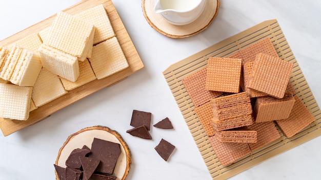 Schokoladen- und milchcremewaffel