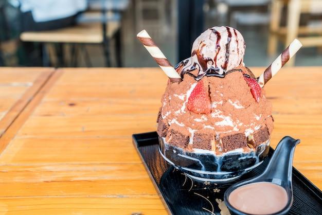 Schokoladeneisrasur (bingsu)