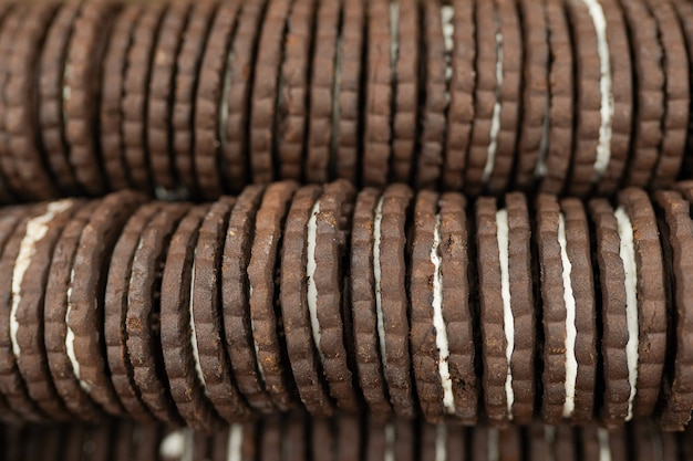 Schokoladenkekse tapetenhintergrund, kekse in der schachtel im supermarkt