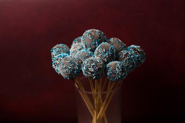 Schokoladenkuchen knallt