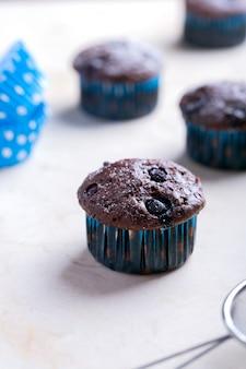 Schokoladenmuffins - amerikanisches süßes lebensmittel