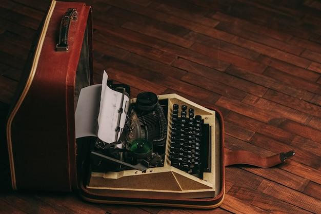 Schreibmaschinen retro-stil nostalgie journalist technologie technologie holz hintergrund