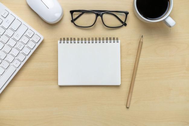 Schreibtisch arbeitsbereich und tisch