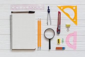 Schreibtisch für technische zeichnung