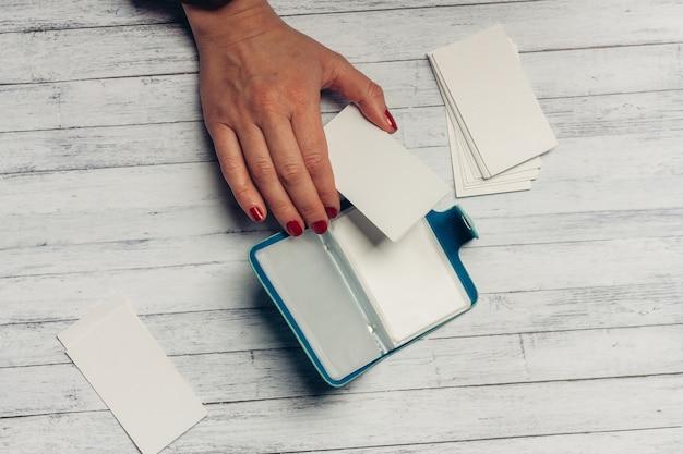 Schreibwaren, holzschreibtisch, schul- und büroartikel