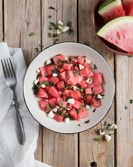 Schüssel mit wassermelonenstücken