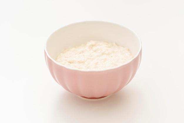 Schüssel mit yougurt