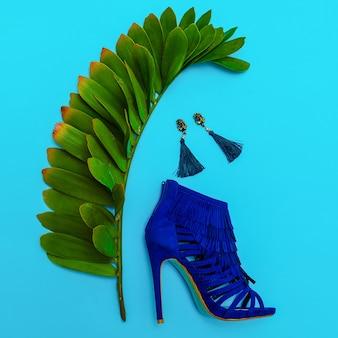 Schuhe absätze und schmuck. stilvolles minimalistisches design. modekonzept