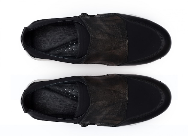 Schuhe, die isoliert auf weißem hintergrund.