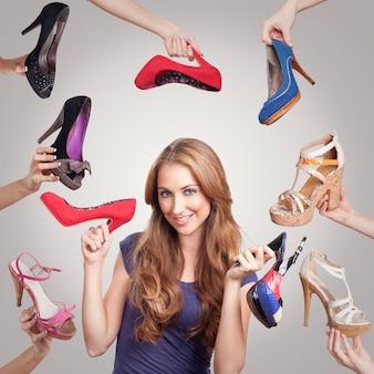 Schuhe mit frau für das marketing