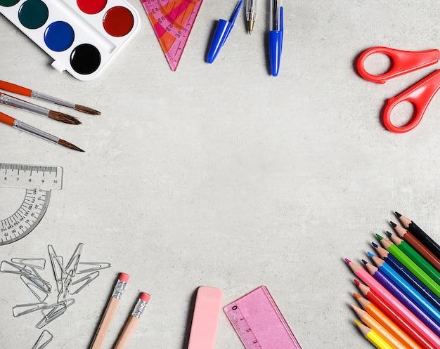 Schulmaterial für kunstunterricht