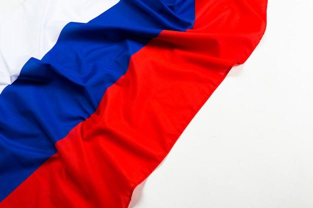 Schuss der wellenförmigen flagge russlands hautnah