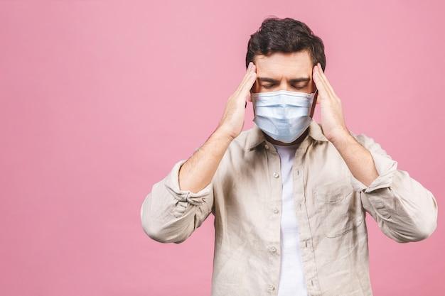 Schutz vor ansteckenden krankheiten, coronavirus. mann mit hygienemaske zur vorbeugung von infektionen, atemwegserkrankungen in der luft wie grippe, 2019-ncov. isoliert.