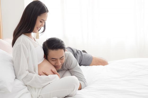 Schwangere frau und ihr ehemann