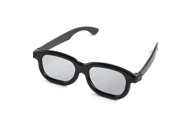 Schwarze 3d brille lokalisiert auf weiß.