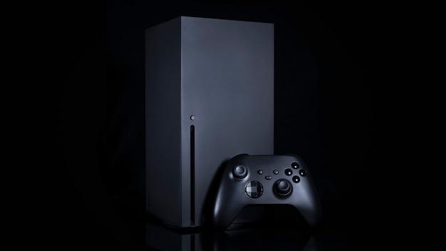 Schwarze konsole und controller der nächsten generation.
