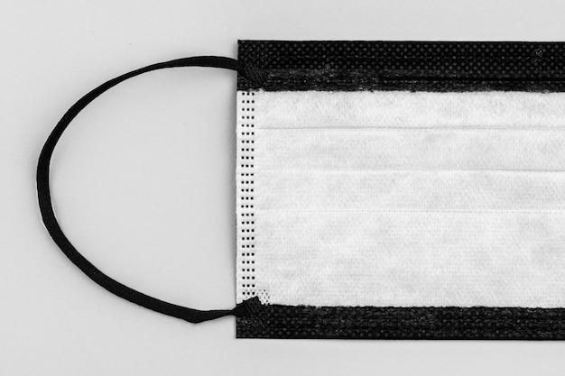 Schwarze medizinische einweg-gesichtsmaske