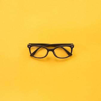 Schwarze moderne brille