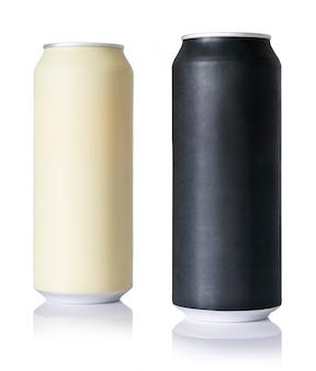 Schwarze und beige unbelegte metallische aluminiumdosen getrennt auf weiß