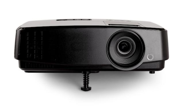 Schwarzer multimedia-projektor auf weißem hintergrund. nahansicht