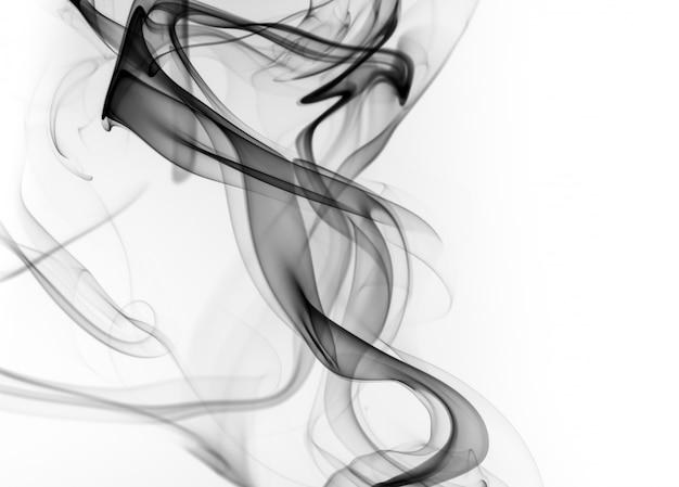 Schwarzer rauch auf weißem hintergrund. feuer design
