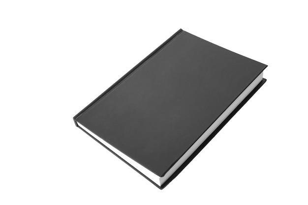 Schwarzes notizbuchpapier ist geschlossen. nahaufnahme lokalisiert auf weißem hintergrund