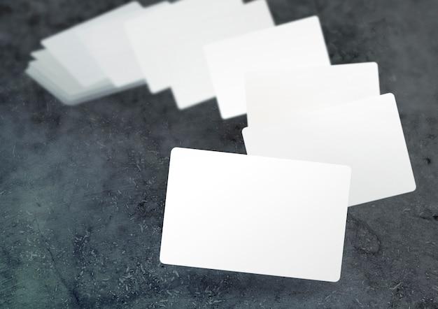 Schwebende verschwommene visitenkarten