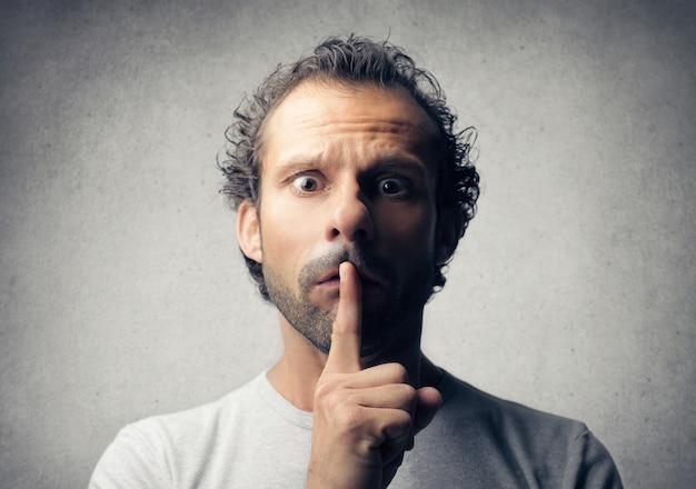 Schweigen bitte ausdruck