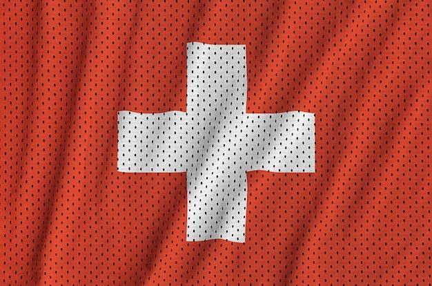 Schweizer flagge auf einem sportswear-netz aus polyester-nylon