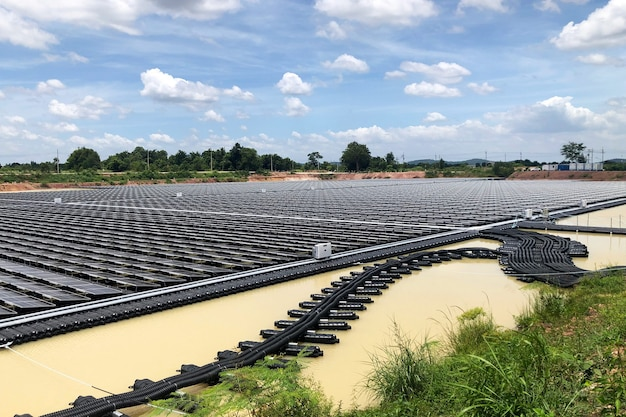 Schwimmende photovoltaikanlagenfloating solar pv system