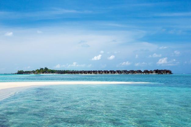 See- und strandhintergrund mit kopierraum