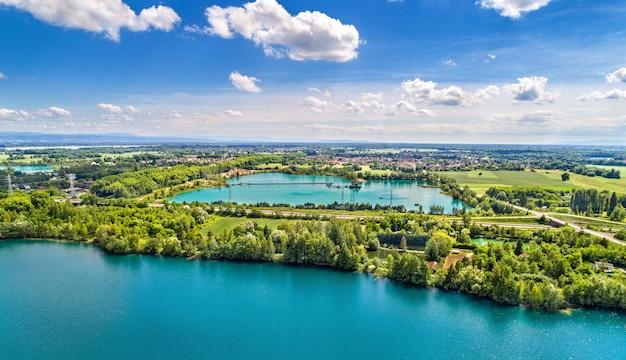 Seen zwischen illkirch-graffenstaden und eschau bei straßburg - grand est, frankreich
