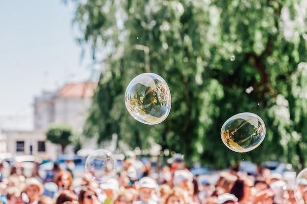 Seifenblasen zeigen