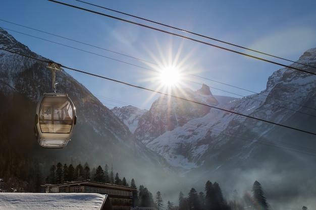 Seilbahn im skiort