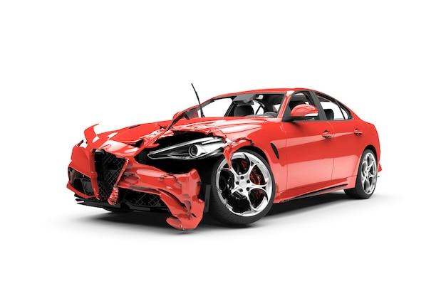 Seitlicher roter autounfall auf einem weiß