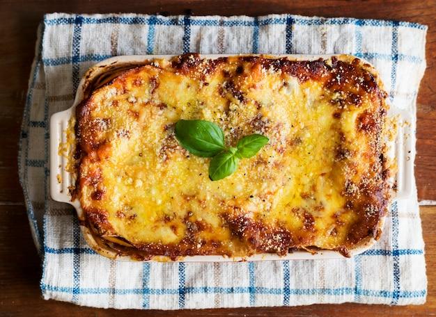 Selbst gemachte lasagnelebensmittelphotographie-rezeptidee