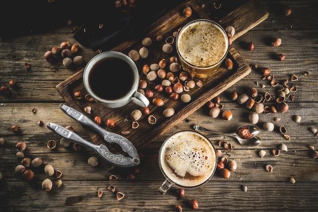 Selbst gemachter haselnusskaffee latte