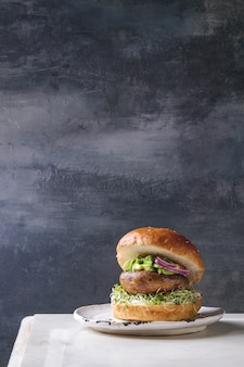 Selbst gemachter veganer burger