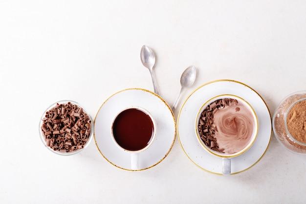 Selbst gemachtes getränk der heißen schokolade