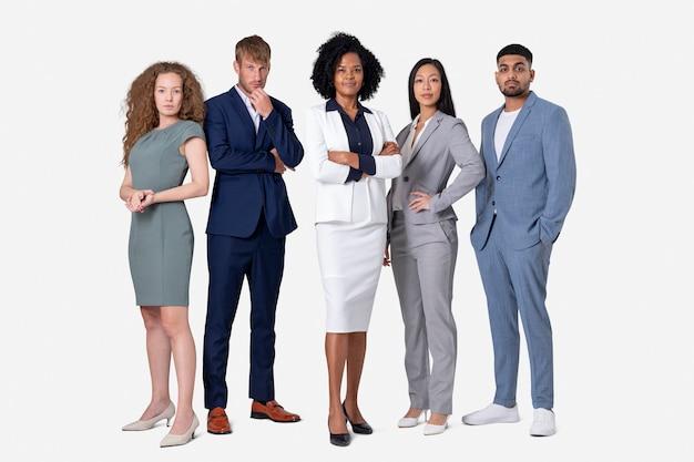 Selbstbewusstes geschäftsleute-diversity- und teamwork-konzept