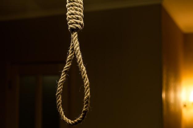 Selbstmord-seilschlaufe.