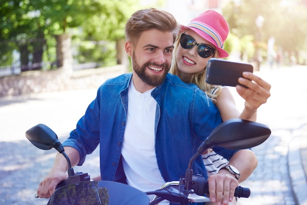 Selfie auf dem motorrad genommen