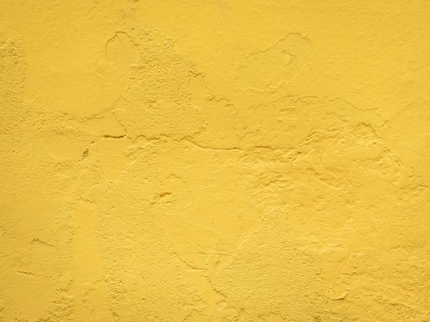 Senfgelbe betonwand