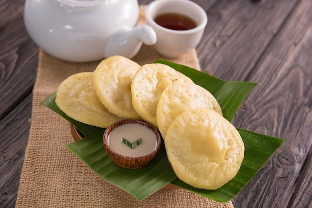 Serabi. indonesischer pfannkuchen