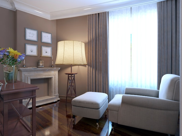 Sessel in der nähe von kamin provence design der lounge mit glänzendem parkettboden und marmorkaminverkleidung und großer stehlampe und einer wand aus dunklem beige.