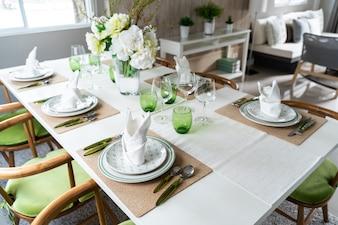 Set Esstisch im Haus