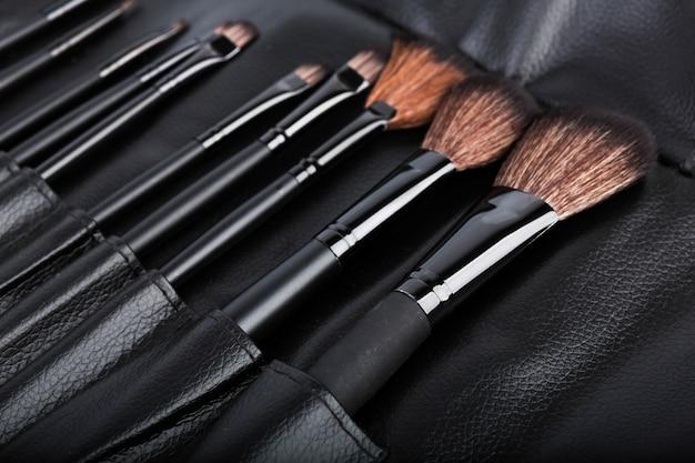 Set kosmetische pinsel für make-up