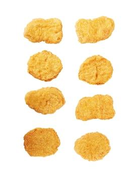 Set mit gebratenen hähnchen-nuggets