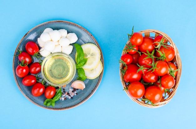 Set von produkten zur herstellung von caprese. foto